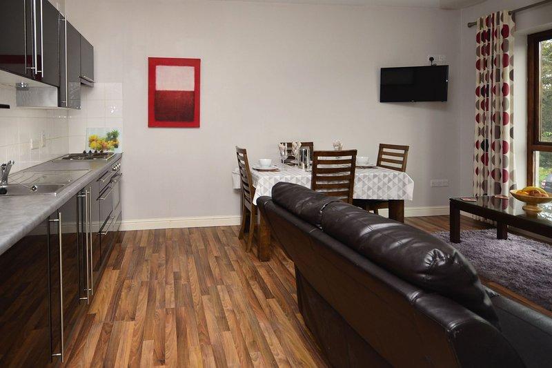 Apartment 706 - Letterfrack - Self catering apartment in Letterfrack Village, alquiler vacacional en Letterfrack