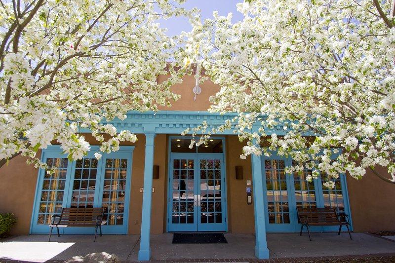 Cozy Suite w/ WiFi Included & Resort Pool, location de vacances à Santa Fe