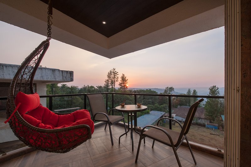 Grande Montana by Vista Rooms, holiday rental in Panchgani