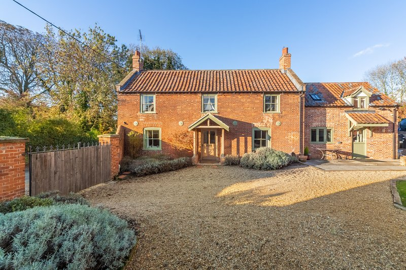 The Manse, holiday rental in South Creake