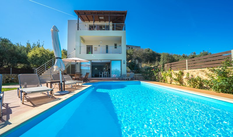Theocharis Seaview Villa, Tavronitis Chania, alquiler vacacional en Tavronitis