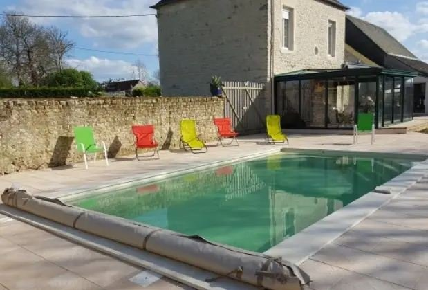 Amazing villa with shared pool, holiday rental in La Cambe