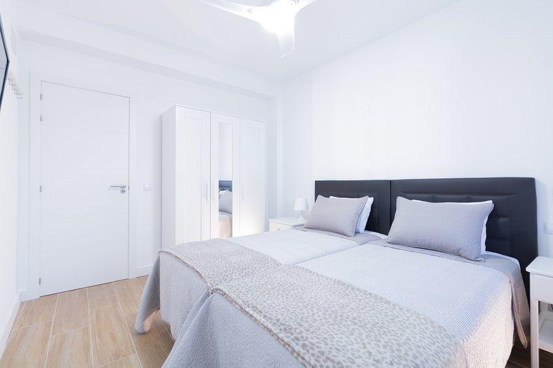 #1 Private Room Las Palmas Smart Apart, vacation rental in Las Palmas de Gran Canaria