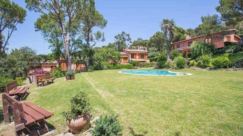 Llafranc Villa Sleeps 6 with Pool and WiFi - 5223666, alquiler de vacaciones en Llafranc