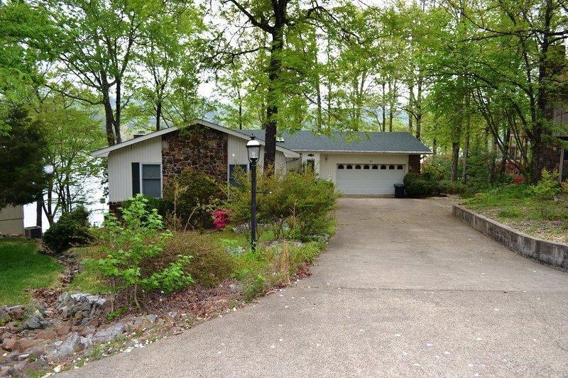 3AlbaCr  Lake DeSoto   Home   Sleeps 8, casa vacanza a Hot Springs Village