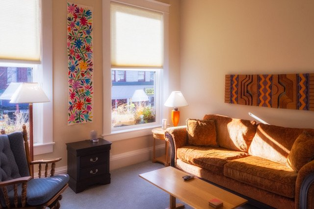 IN THE HEART OF DOWNTOWN LIVING, holiday rental in Salem
