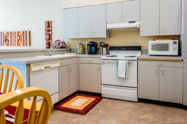 cuisine bien garnie si vous voulez faire du café ou un repas cuisiné à la maison.