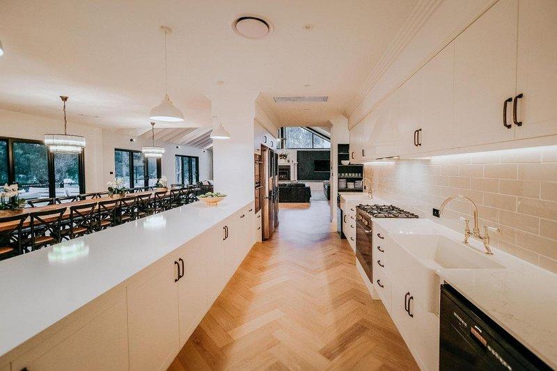 Hunter Valley Accommodation - Greystone Estate (11 Bedrooms) - Pokolbin - all