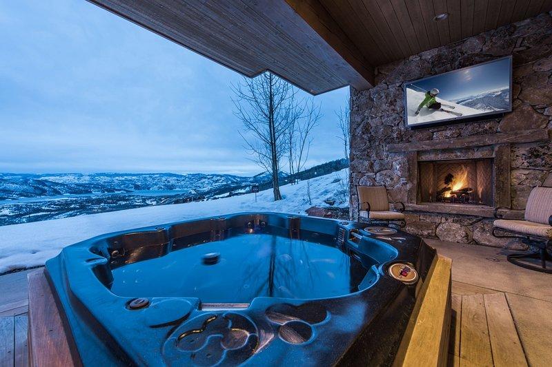 Private Hot Tub & Outdoor Hearth