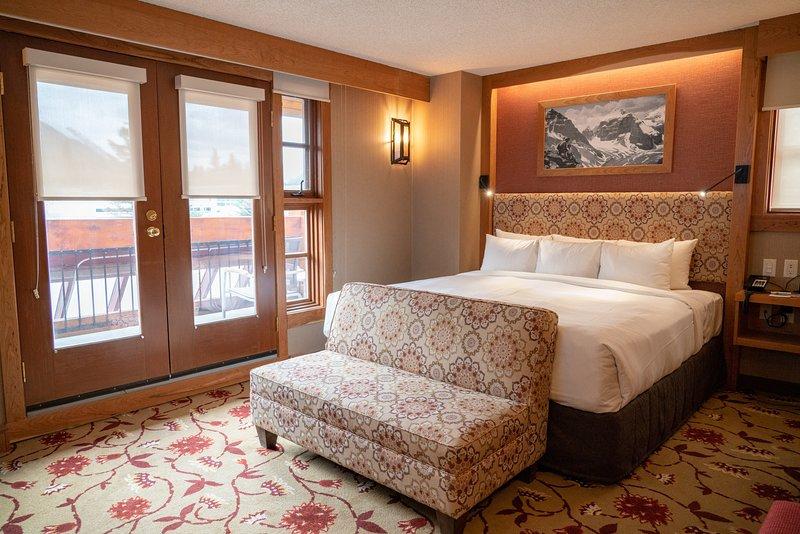 ¡Ven y quédate en nuestra hermosa suite con vista a la montaña!