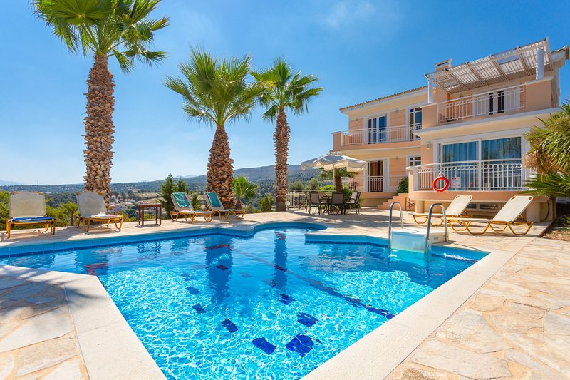Villa Astro: Large Private Pool, Sea Views, A/C, WiFi, Eco-Friendly, vacation rental in Giannoudion