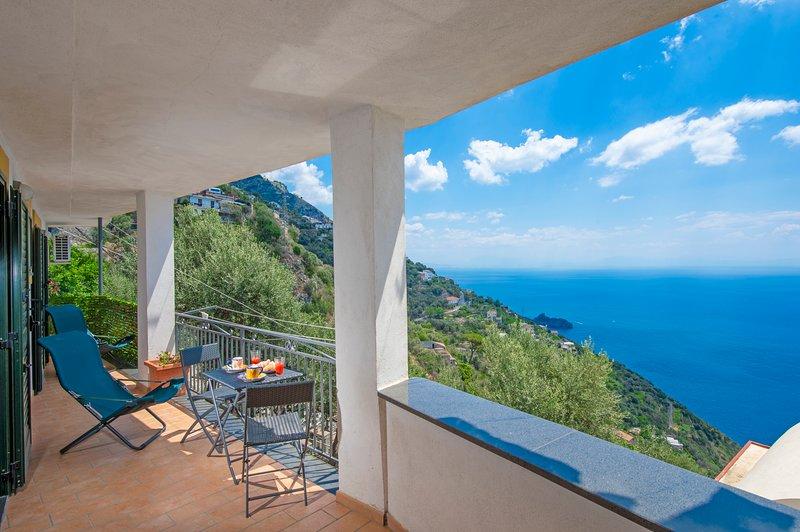 Amalfi coast bougainvillea, vacation rental in Fiordo di Furore