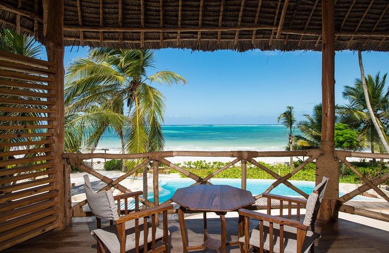 Zanziblue Karafuu, Oceanfront Private Villa, casa vacanza a Pwani Mchangani
