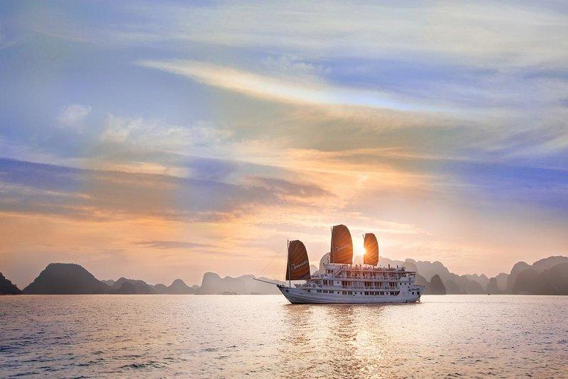 Ha Long Paloma Cruise, vakantiewoning in Provincie Quảng Ninh