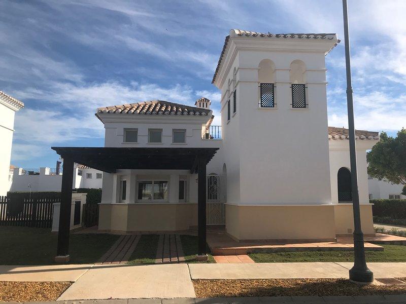 CASA JANISCH, location de vacances à Roldan