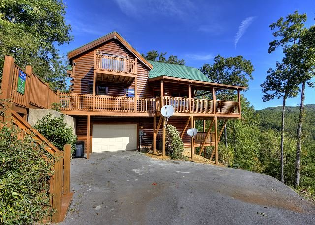Three Bedroom Log home