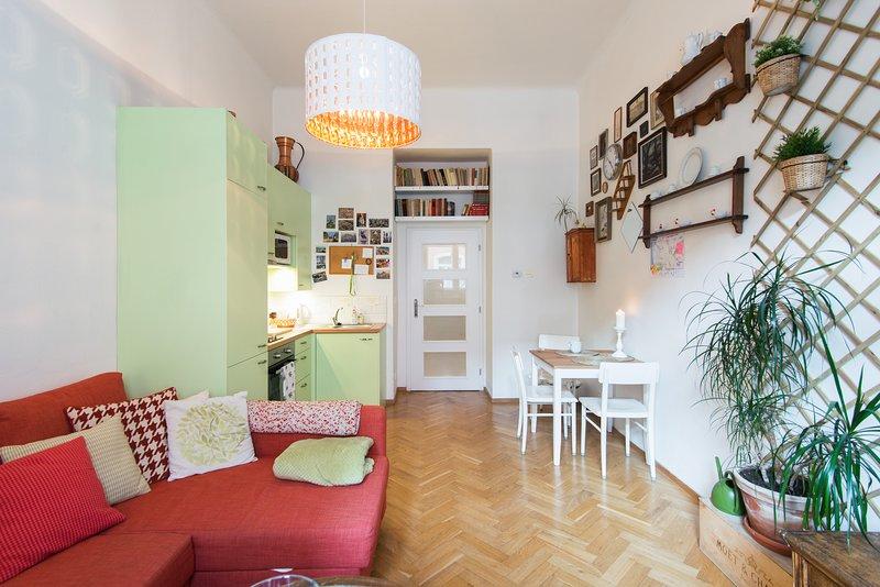 Your Quality Getaway Home in Prague, holiday rental in Jiloviste