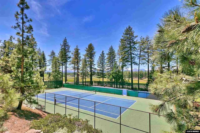 Community Tennis Court on Club House available for renters
