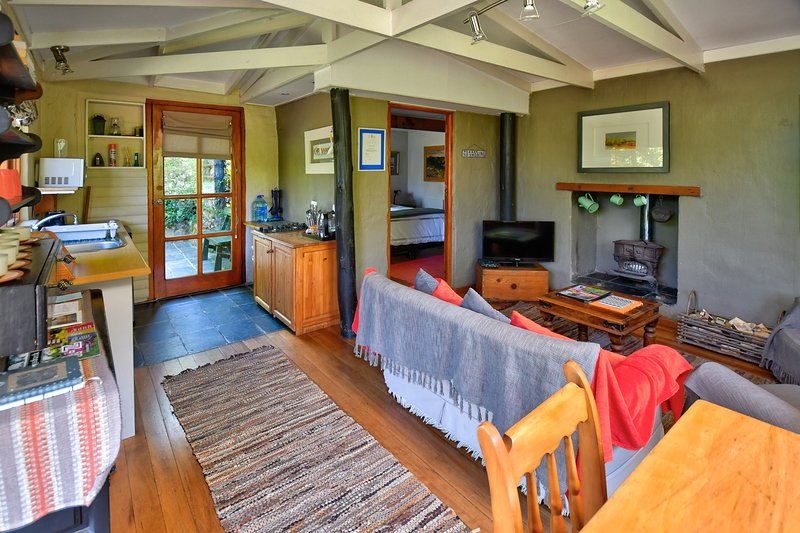 Cozy Cabin, holiday rental in Hogsback