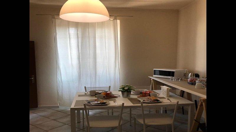 appartamento vicinanze università e ospedali, holiday rental in Madone