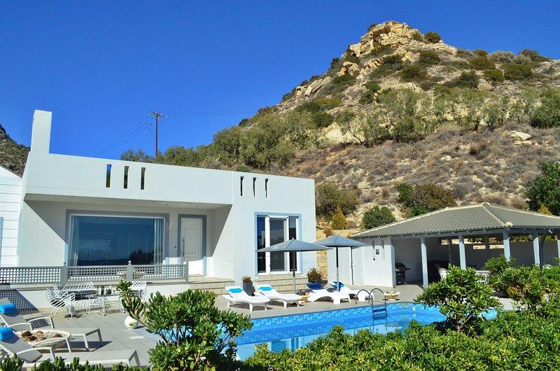 Luxury Villa Melissa, location de vacances à Koutsouras