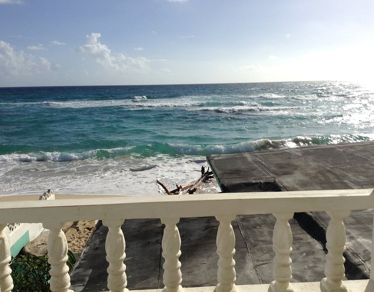 Shores A'Swell - Sea View Balcony Room, holiday rental in Saint Thomas Parish