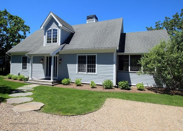 Beautiful New Listing in Bold Meadow with Air Conditioning, holiday rental in Edgartown