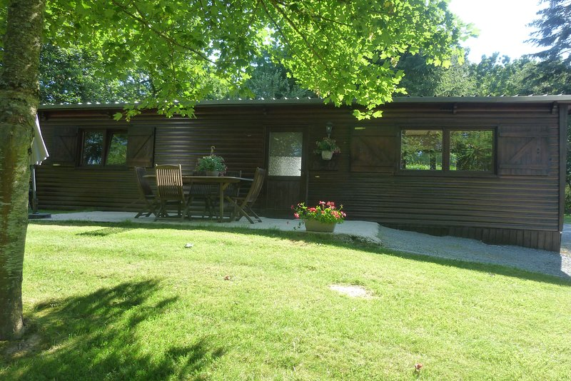 3 Gites - Relais Du Saussay a Pertheville Ners, vacation rental in Falaise