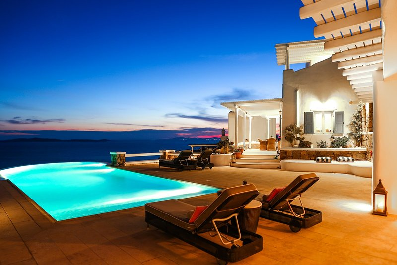 Villa Sunshine with breathtaking sea view and private pool by Elite  Estates, holiday rental in Choulakia
