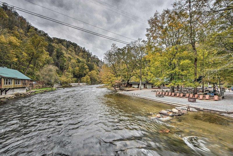 Prenota un tour di rafting sul fiume per un po 'di adrenalina!