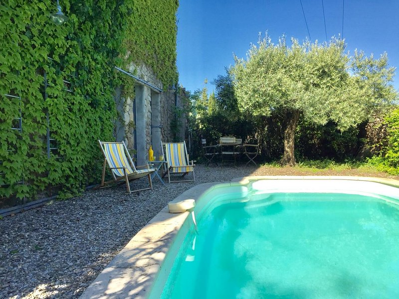 Spacious villa with swimming-pool, holiday rental in Aigne