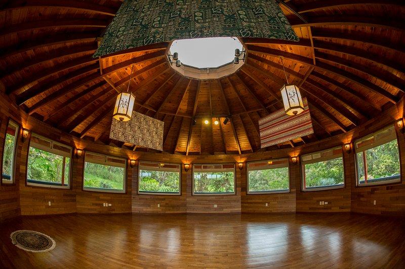 Eco- Retreat Center on the Hamakua Coast, vacation rental in Paauilo
