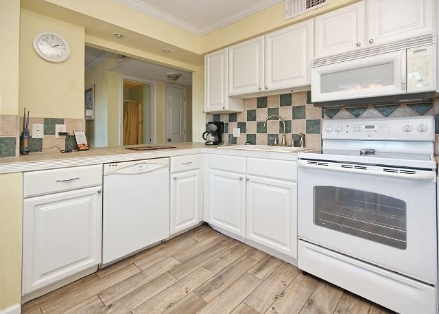 Myrtle Beach Resort A219 | Lovely Condo with all the Comforts of Home, holiday rental in Socastee