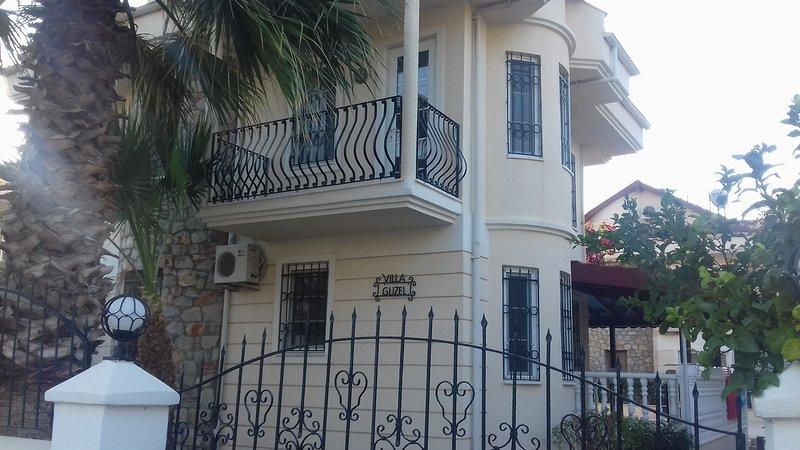 The front of Villa Guzel