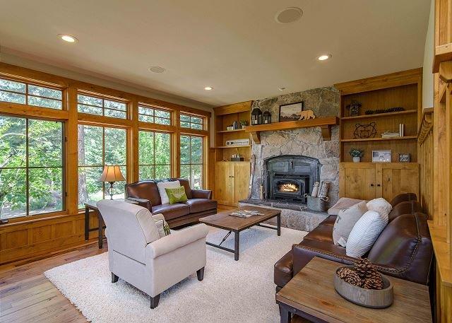 Private 20-Acre Estate w/ Amazing Mountain Views!, holiday rental in Floriston