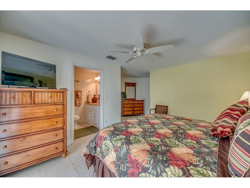 Updated 2019 Villa Hideaway Cape Coral Holiday Rental