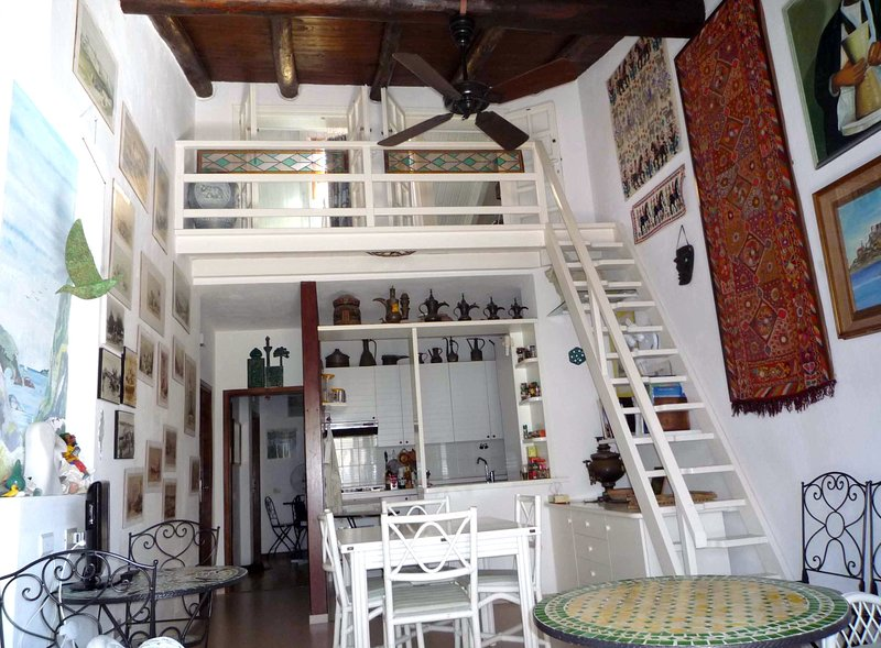 2) STAY - ROSINA - VIEWS ON THE LOFT AND COOKING CORNER