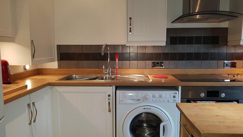 Washing and cooking facilities.