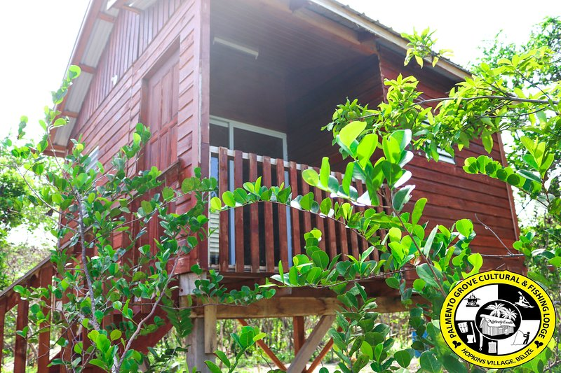 Palmento Grove Cultural & Fishing Lodge -ANICHIGU, vakantiewoning in Hopkins