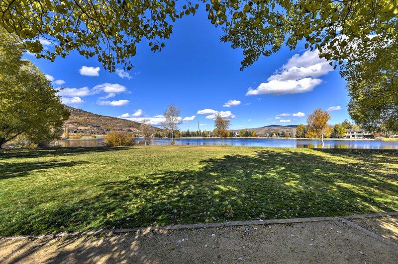 La comunità di Quail Meadows si trova a solo 1,6 km da Park City Mtn. Ricorrere.