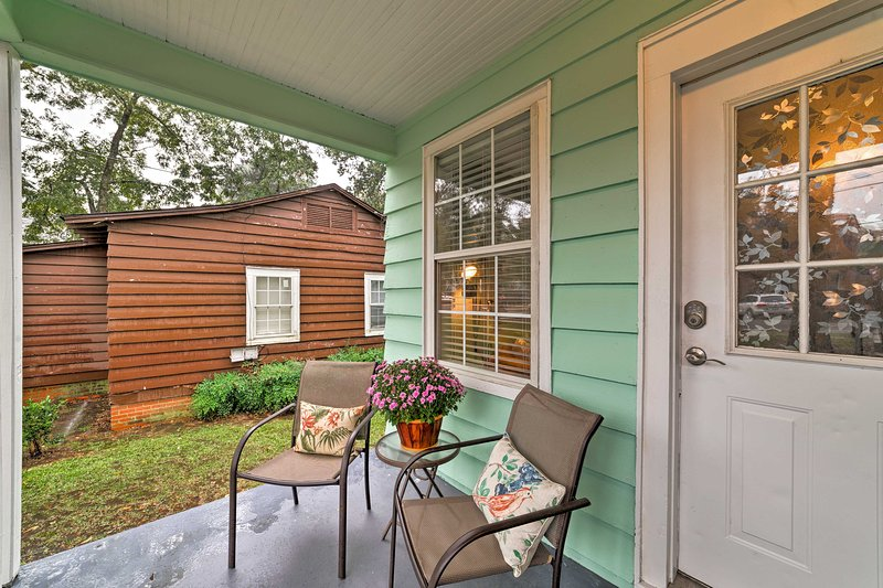 Book this conveniently located home today!