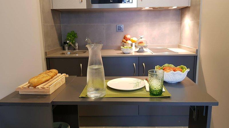 Estudio Nuevo en Alquiler, location de vacances à Oviedo