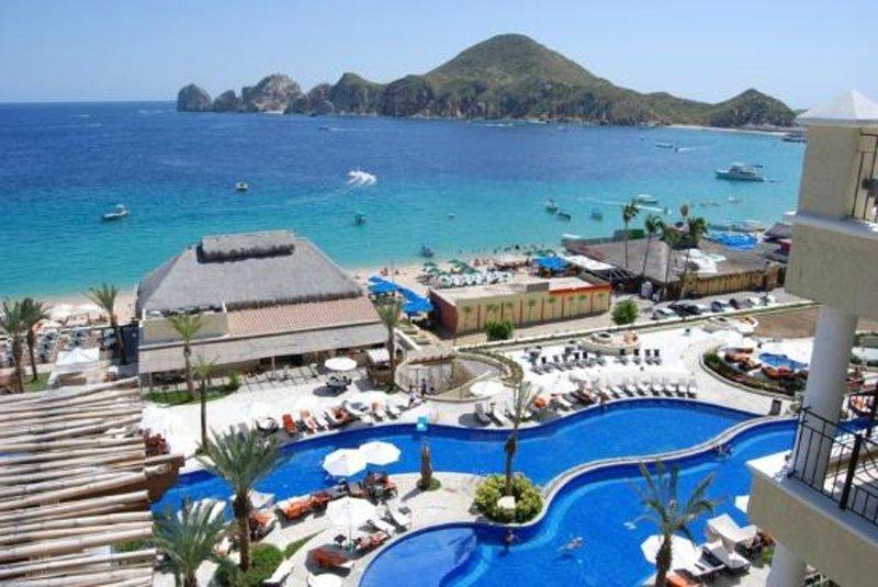 Wunderschönes Resort mit Pools am Meer!