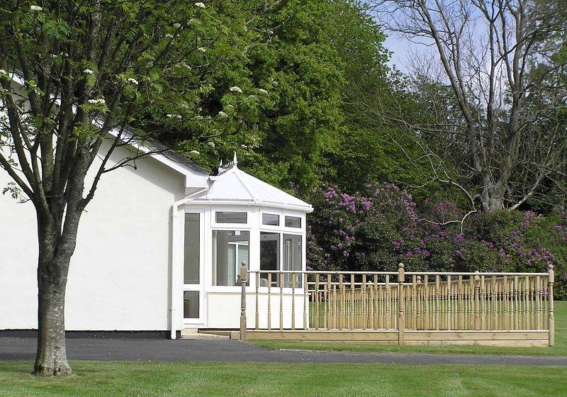 Tyglyn Vale Meadow Cottage (Trem yr Afon), holiday rental in Cribyn