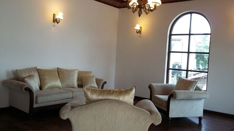 Airport stopover., vacation rental in Gampaha