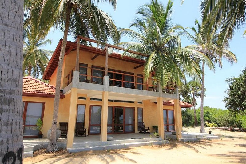 3 bedroom Villa with sea View, Air-con, holiday rental in Kalpitiya