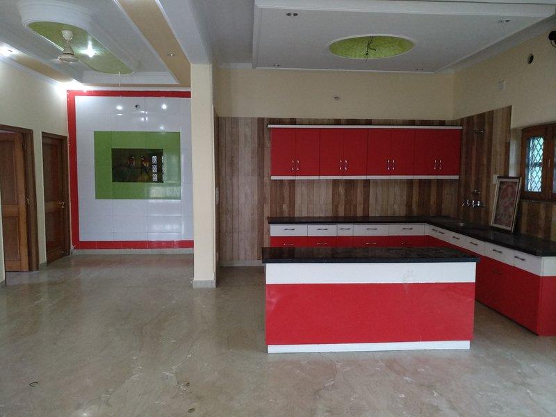 Velvett HomeStay Dehradun, holiday rental in Raipur