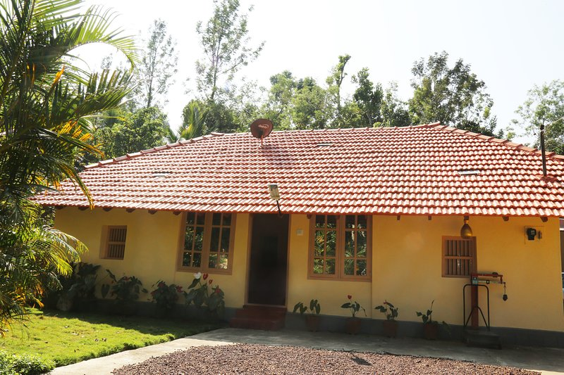 Redof home stay, holiday rental in Hanbal