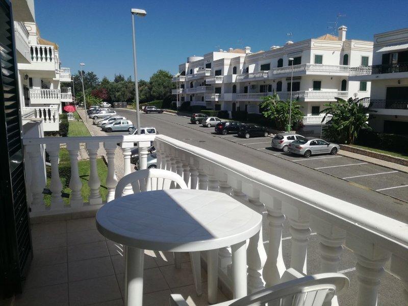 Delphi Apartment, Tavira, Algarve, holiday rental in Conceicao