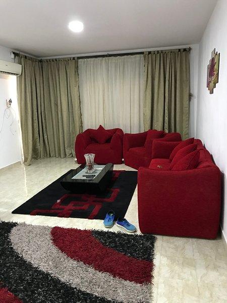 Al Rehab Modern Apartment 1, location de vacances à Al Rehab